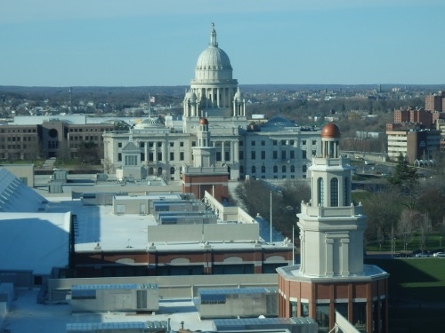 The Rhode Island Capitol, as seen from our hotel room. The tiny statue on top of the dome is not Roger Williams, as I'd assumed, but the Independent Man, originally named Hope.